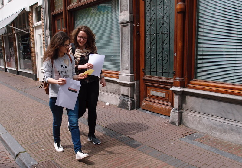 Scavenger hunt in Dutch